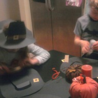 great ideas/crafts/recipes/activities to do with children and kids,thanksgiving craft with kids,pilgrim hat