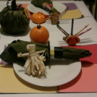 thanksgiving table for kids,great ideas/recipes/activities/crafts to do with kids,things to do with kids and children