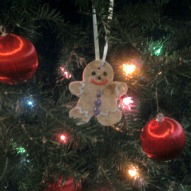 Fun things to do with kids in CT, A Christmas activity with kids in CT, Gingerbread Christmas ornament recipe with kids