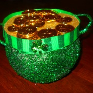 Fun things to do with kids in Connecticut, Kid friendly things to do in Connecticut, Fun things to do with kids, kid friendly things to do, St. Patrick's Day Crafts, Crafts With Kids, Room Parent Idea, Classroom party idea