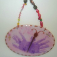 A Spring Craft, Craft with kids, A fun thing to do with kids, A fun thing to do with kids in Connecticut, A Hand print idea, Butterfly hand print, Spring hand print idea, A hand print craft, Gift idea cwith kids
